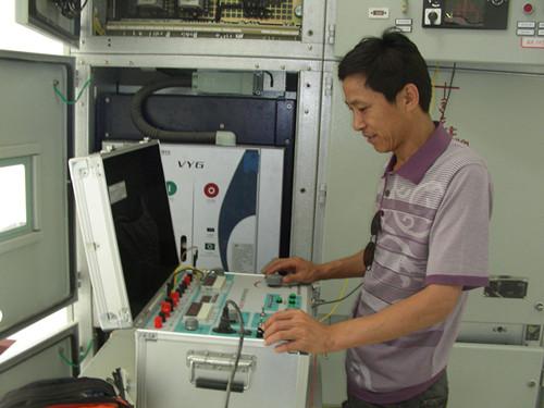 华英电力产品在缅甸达贡山项目提供现场技术支持